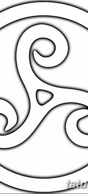 фото тату трискели от 09.01.2018 №047 – triskelion tattoo – tatufoto.com