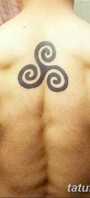 фото тату трискели от 09.01.2018 №053 – triskelion tattoo – tatufoto.com