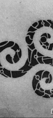 фото тату трискели от 09.01.2018 №055 – triskelion tattoo – tatufoto.com