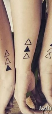 фото Значение тату три треугольника от 13.02.2018 №046 – three triangle tatto – tatufoto.com