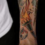 фото рисунок тату факел от 07.02.2018 №028 - torch tattoo - tatufoto.com