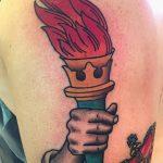 фото рисунок тату факел от 07.02.2018 №136 - torch tattoo - tatufoto.com