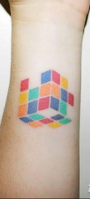 фото тату Кубик Рубика от 24.02.2018 №003 – tattoo Rubik's Cube – tatufoto.com