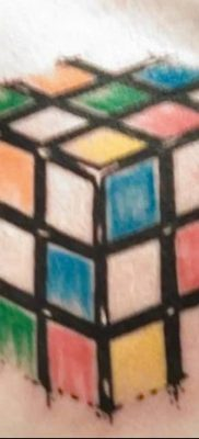 фото тату Кубик Рубика от 24.02.2018 №008 – tattoo Rubik's Cube – tatufoto.com