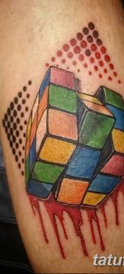 фото тату Кубик Рубика от 24.02.2018 №015 – tattoo Rubik's Cube – tatufoto.com