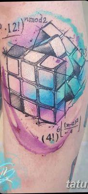 фото тату Кубик Рубика от 24.02.2018 №037 – tattoo Rubik's Cube – tatufoto.com