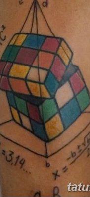 фото тату Кубик Рубика от 24.02.2018 №042 – tattoo Rubik's Cube – tatufoto.com