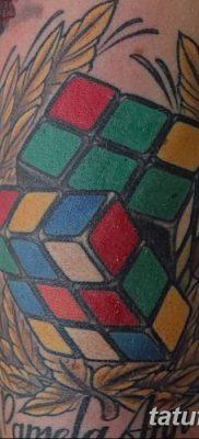 фото тату Кубик Рубика от 24.02.2018 №142 – tattoo Rubik's Cube – tatufoto.com