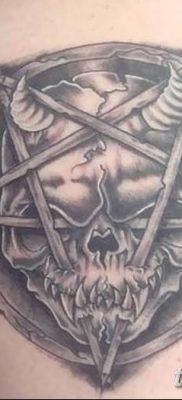 фото тату Пятиконечная звезда от 23.03.2018 №015 – tattoo Five-pointed star – tatufoto.com