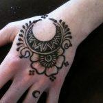фото Мехенди луна от 17.04.2018 №005 - Mehendi the moon - tatufoto.com