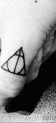 фото тату треугольник и круг от 21.04.2018 №026 – triangle and circle tattoo – tatufoto.com