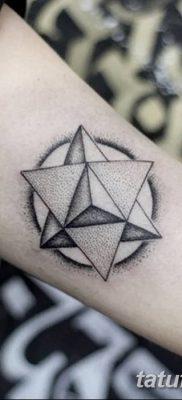 фото тату треугольник и круг от 21.04.2018 №047 – triangle and circle tattoo – tatufoto.com