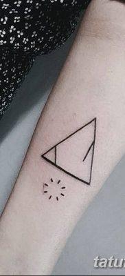 фото тату треугольник и круг от 21.04.2018 №099 – triangle and circle tattoo – tatufoto.com