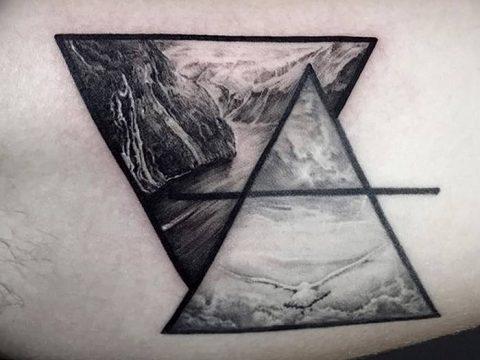 фото тату треугольник с линией от 16.04.2018 №005 - triangle tattoo with line - tatufoto.com