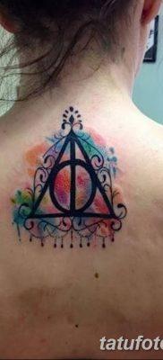фото тату треугольник с линией от 16.04.2018 №026 – triangle tattoo with line – tatufoto.com