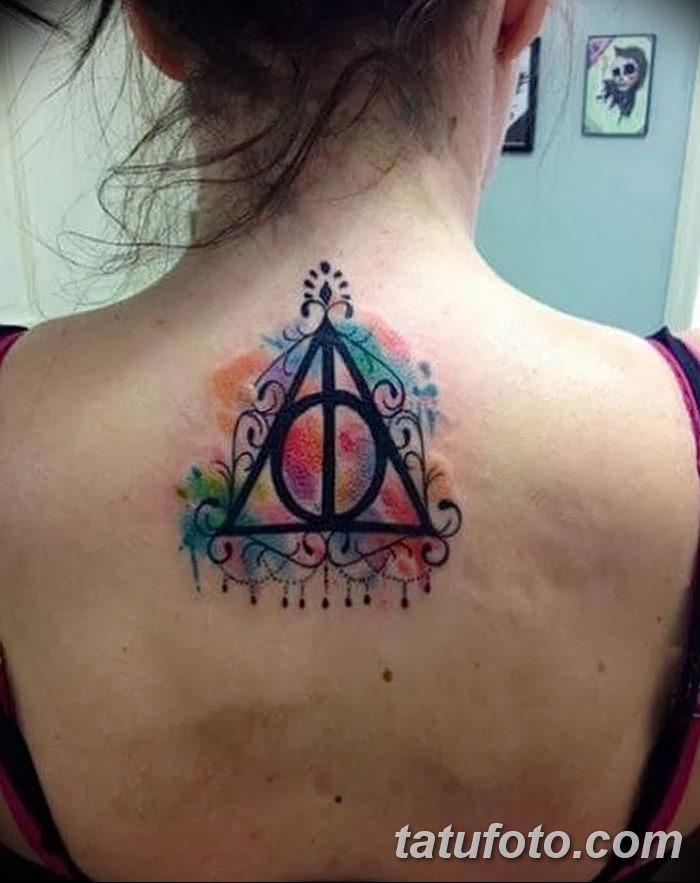 фото тату треугольник с линией от 16.04.2018 №026 - triangle tattoo with line - tatufoto.com