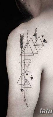 фото тату треугольник с линией от 16.04.2018 №050 – triangle tattoo with line – tatufoto.com