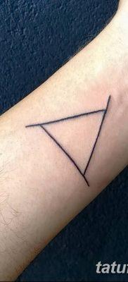 фото тату треугольник с линией от 16.04.2018 №053 – triangle tattoo with line – tatufoto.com