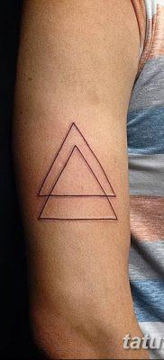 фото тату треугольник с линией от 16.04.2018 №054 – triangle tattoo with line – tatufoto.com