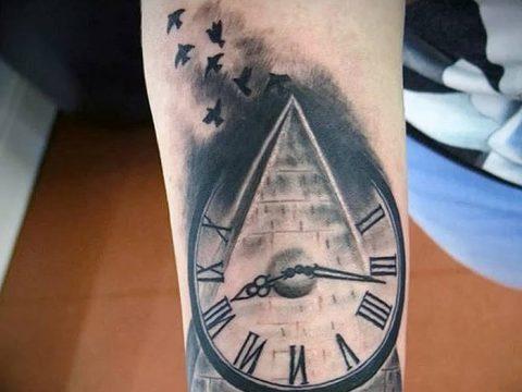 фото тату часы и пирамида от 08.05.2018 №021 - tattoo clock and pyramid - tatufoto.com