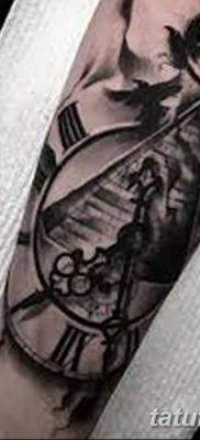 фото тату часы и пирамида от 08.05.2018 №035 – tattoo clock and pyramid – tatufoto.com