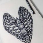 фото Эскизы тату Сердце от 20.06.2018 №039 - Sketches Tattoo Heart - tatufoto.com