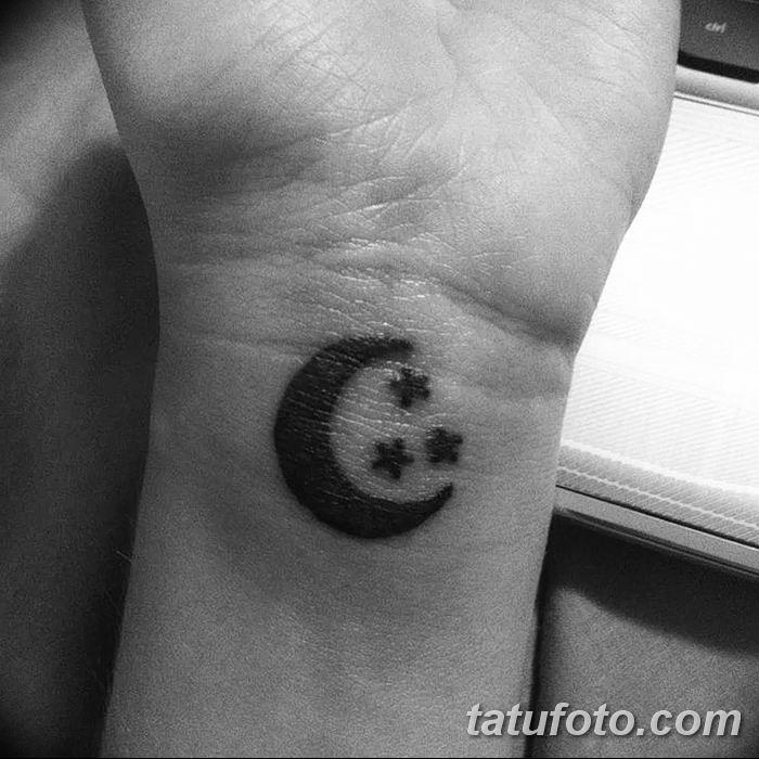 фото тату полумесяц со звездой от 26.06.2018 №099 - tattoo crescent with a - tatufoto.com