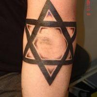 Значение тату «шестиконечная звезда»