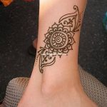 фото Мехенди на лодыжке от 13.07.2018 №145 - Mehendi on the ankle - tatufoto.com