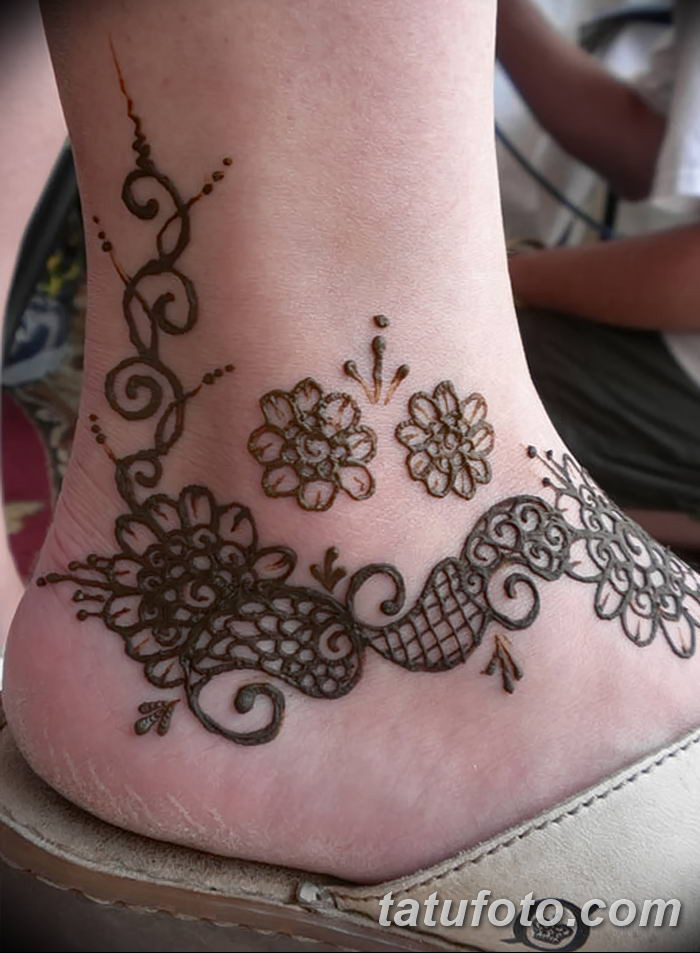 фото Мехенди на лодыжке от 13.07.2018 №151 - Mehendi on the ankle - tatufoto.com
