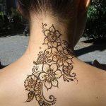 Фото Мехенди на шее от 02.08.2018 №007 - Mehendi on the neck - tatufoto.com