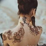 Фото Мехенди на шее от 02.08.2018 №028 - Mehendi on the neck - tatufoto.com