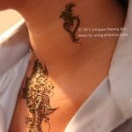 Фото Мехенди на шее от 02.08.2018 №044 - Mehendi on the neck - tatufoto.com