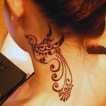 Фото Мехенди на шее от 02.08.2018 №075 - Mehendi on the neck - tatufoto.com
