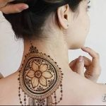 Фото Мехенди на шее от 02.08.2018 №128 - Mehendi on the neck - tatufoto.com