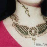 Фото Мехенди на шее от 02.08.2018 №131 - Mehendi on the neck - tatufoto.com