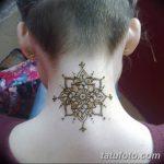 Фото Мехенди на шее от 02.08.2018 №139 - Mehendi on the neck - tatufoto.com