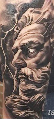 Фото тату Зевс от 08.08.2018 №169 – tattoo Zeus – tatufoto.com