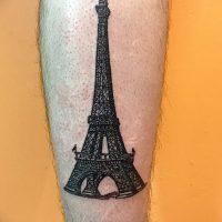 Значение тату «Эйфелева башня»