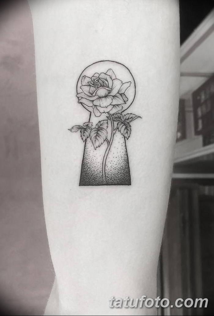 Фото тату замочная скважина 25.08.2018 №003 - keyhole tattoo - tatufoto.com