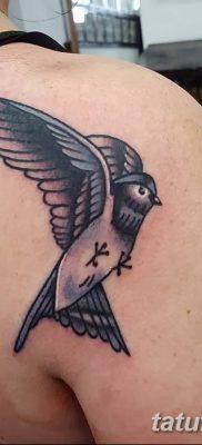 Фото тату птицы для девушек от 07.08.2018 №046 – bird tattoo for girls – tatufoto.com