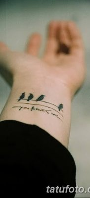 Фото тату птицы на запястье 17.08.2018 №191 – tattoo of a bird on the wrist – tatufoto.com