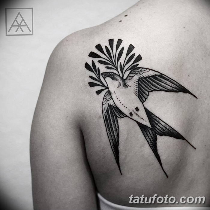 125 cute swallow tattoo designs to try for your next tattoo - 700×699