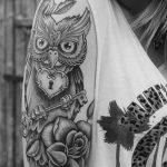 Фото черно-белые тату от 08.08.2018 №030 - black and white tattoos - tatufoto.com