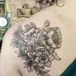 Фото черно-белые тату от 08.08.2018 №097 - black and white tattoos - tatufoto.com
