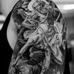Фото черно-белые тату от 08.08.2018 №382 - black and white tattoos - tatufoto.com