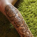 Фото Мехенди на голени от 17.09.2018 №077 - Mehendi on the lower leg - tatufoto.com