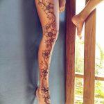 Фото Мехенди на голени от 17.09.2018 №108 - Mehendi on the lower leg - tatufoto.com