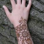 Фото Мехенди на запястье от 12.09.2018 №042 - Mehendi on the wrist - tatufoto.com