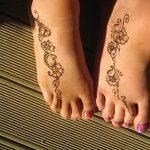 Фото Мехенди на ступне (рисунки хной) от 08.09.2018 №310 - Mehendi foot - tatufoto.com